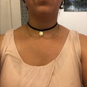 Bizou black velvet choker w/ gold embellishments